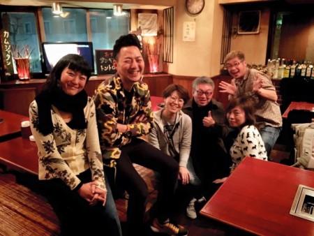 そのあとは、オリンパス軍団に呼び出される。  安田 菜津紀さん、田川 梨絵さん、斎藤 巧一郎さん、若子 ジェットさん、清水 哲朗さんと。おやすみなさい。